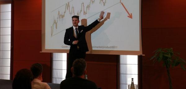 Frederic Ebner zeigt Trading-Strategie